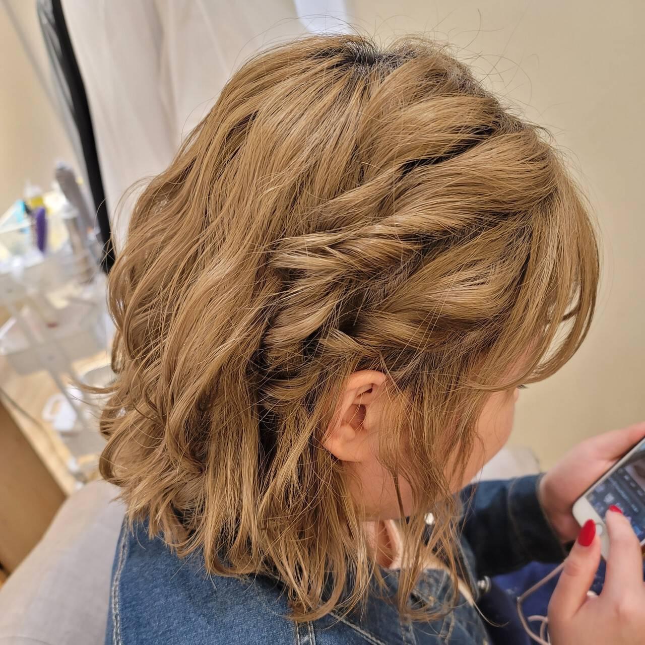 ボブアレンジ 簡単ヘアアレンジ ボブ ガーリーヘアスタイルや髪型の写真・画像