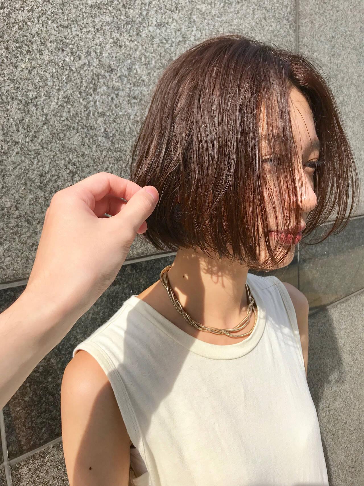 暖色 抜け感 ナチュラル ボブヘアーヘアスタイルや髪型の写真・画像