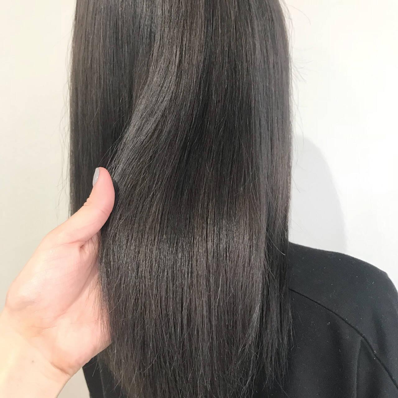 ロング 透明感 外国人風カラー アッシュグレーヘアスタイルや髪型の写真・画像