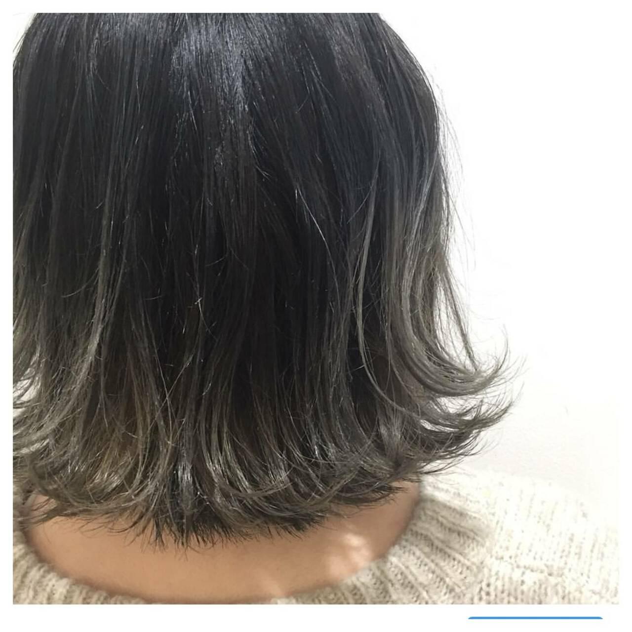 グレージュ ボブ ナチュラル ハイライトヘアスタイルや髪型の写真・画像