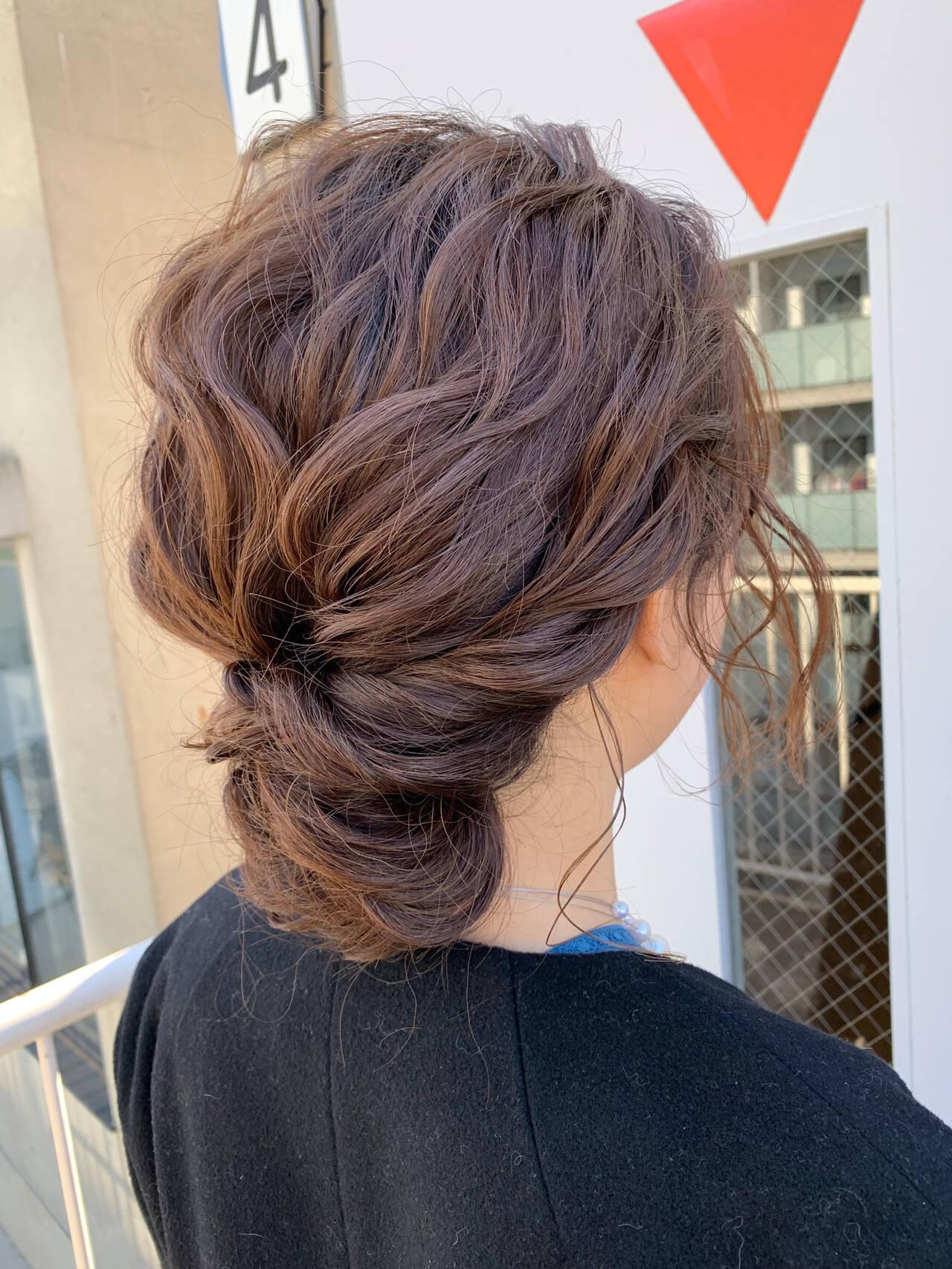 ミディアム ヘアアレンジ ルーズ 結婚式ヘアスタイルや髪型の写真・画像