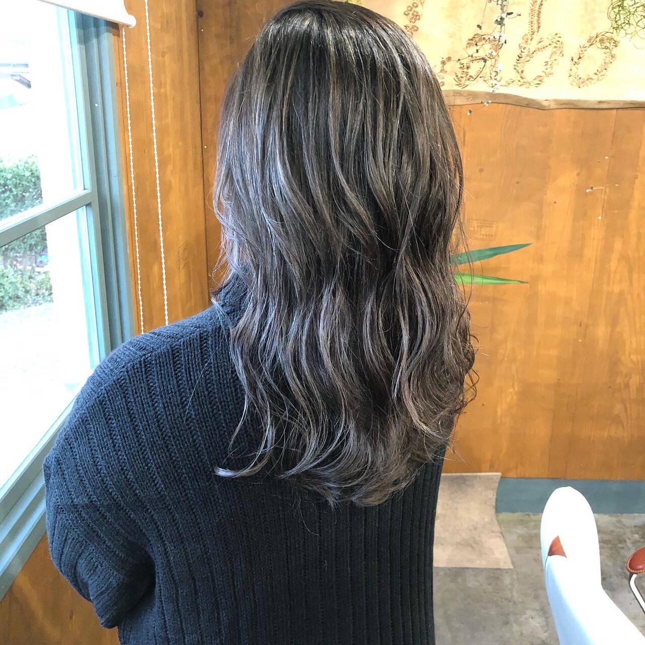 モード 大人ハイライト クール ロングヘアスタイルや髪型の写真・画像