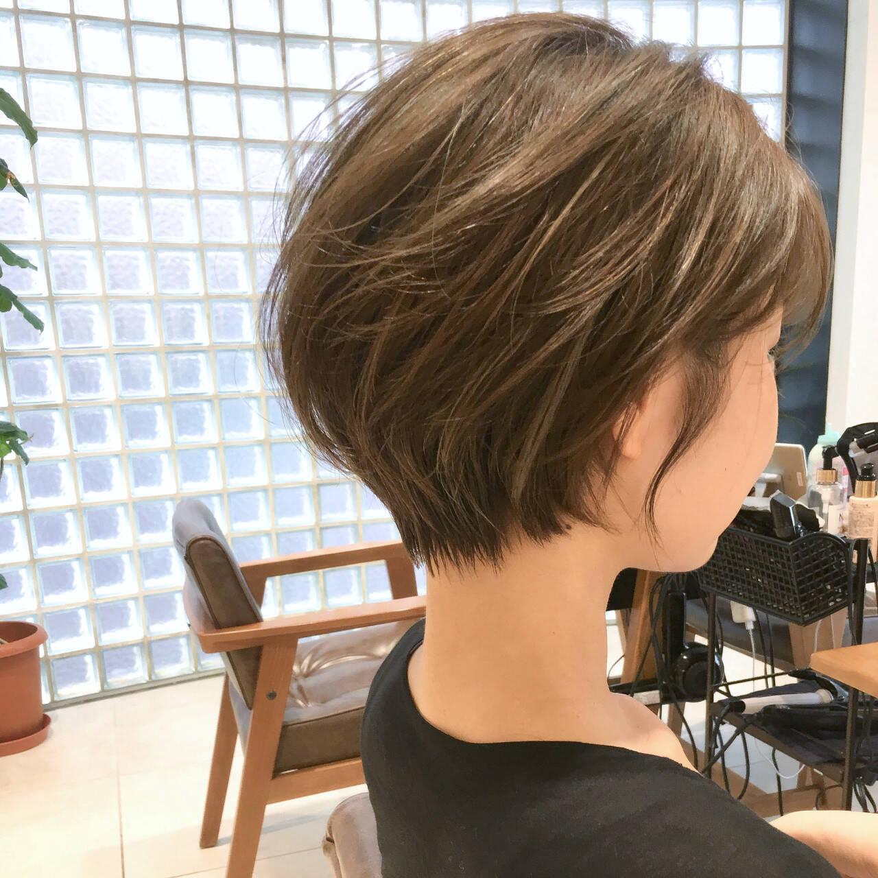 オフィス ナチュラル ショート スポーツヘアスタイルや髪型の写真・画像