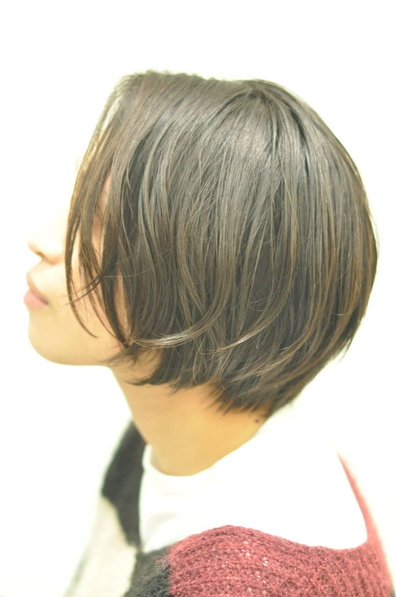 ショートボブ パーマ ナチュラル ショートバングヘアスタイルや髪型の写真・画像