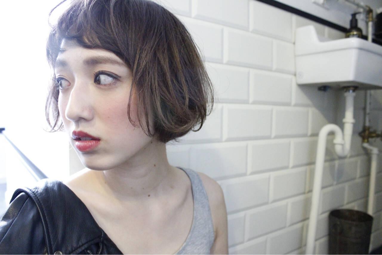 外国人風 大人女子 小顔 色気ヘアスタイルや髪型の写真・画像