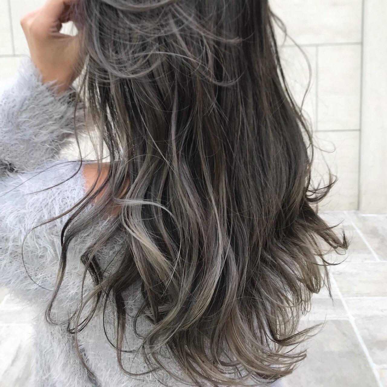 波ウェーブ ハイライト ウェーブ ロングヘアスタイルや髪型の写真・画像