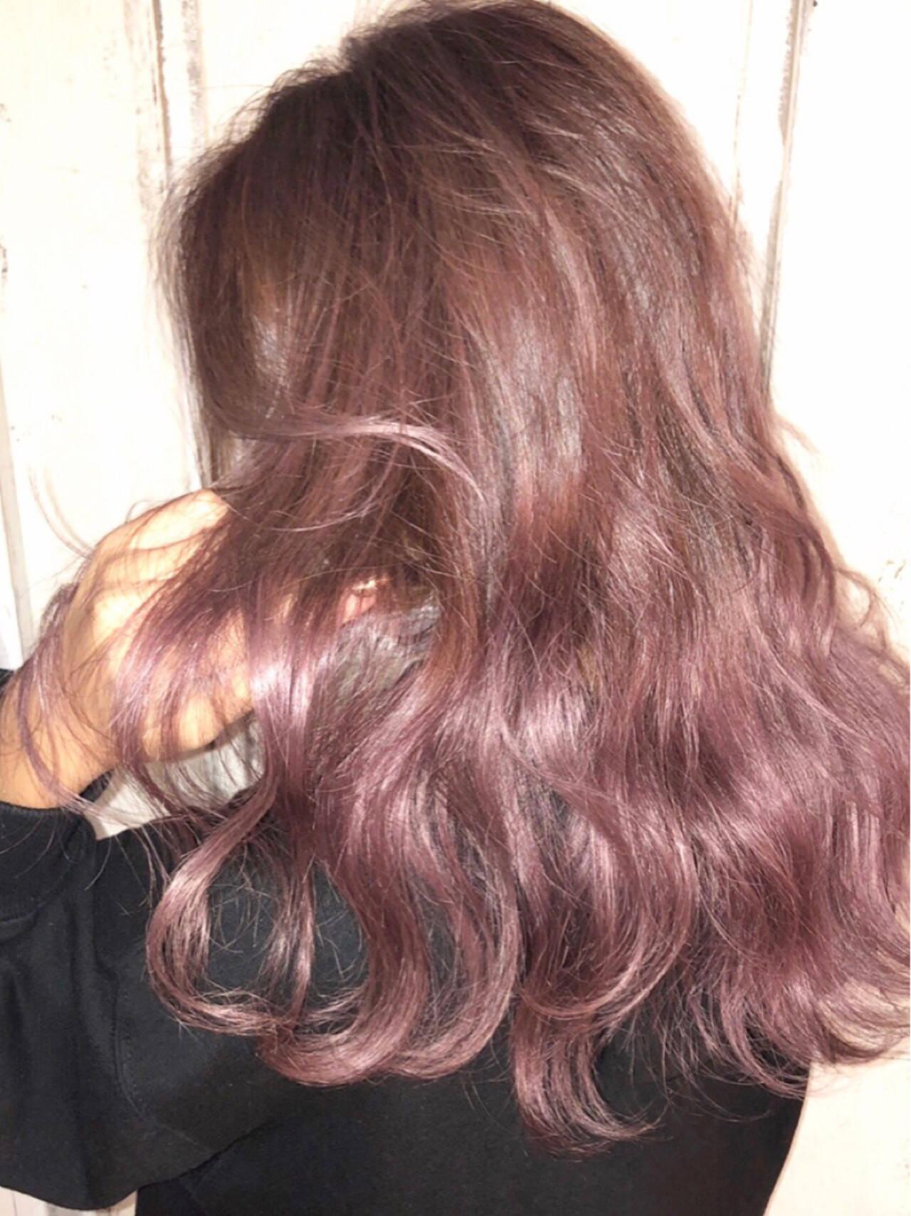 モード セミロング ピンクパープル ピンクアッシュヘアスタイルや髪型の写真・画像