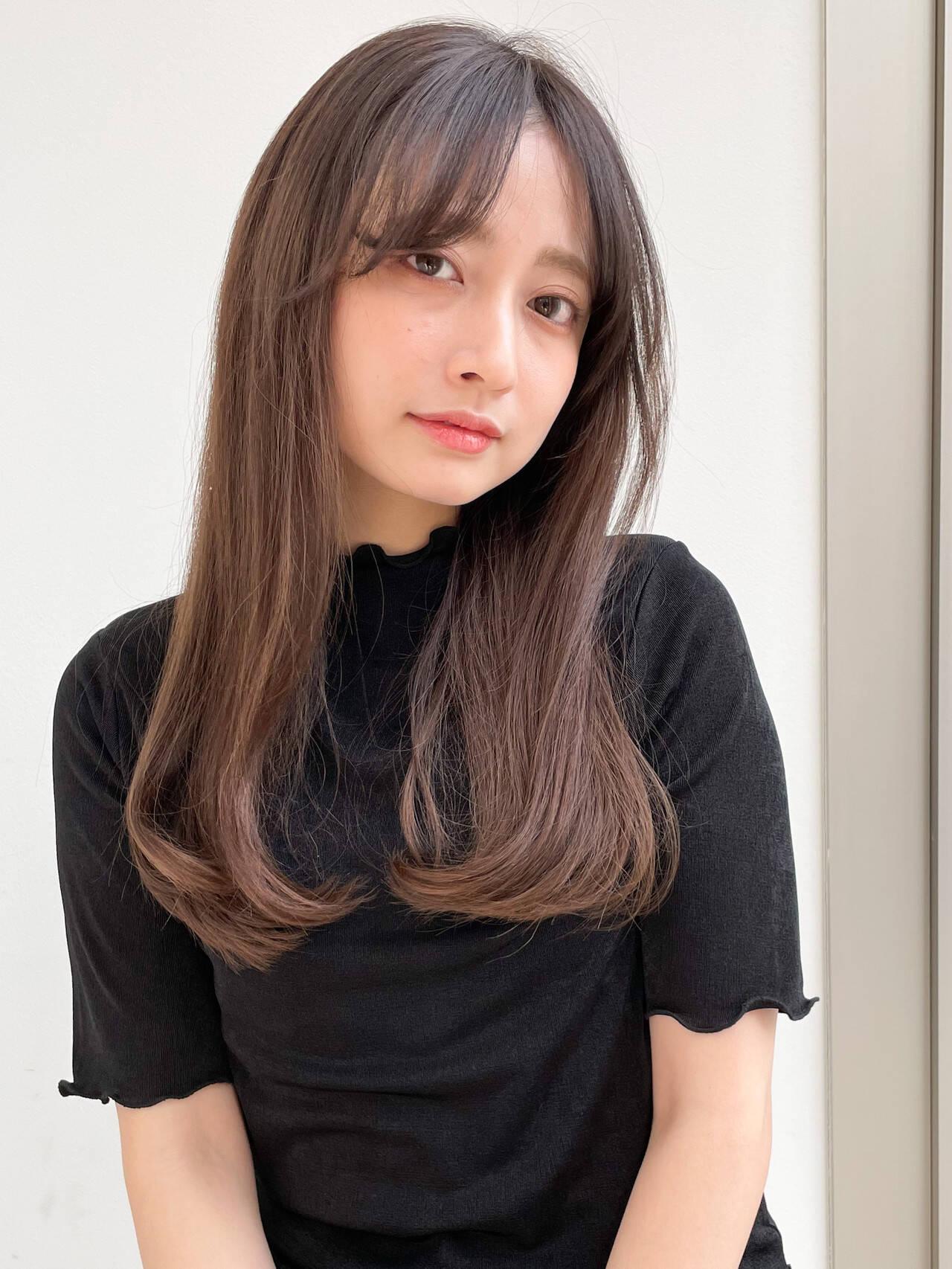 セミロング 大人女子 ストレート 大人かわいいヘアスタイルや髪型の写真・画像