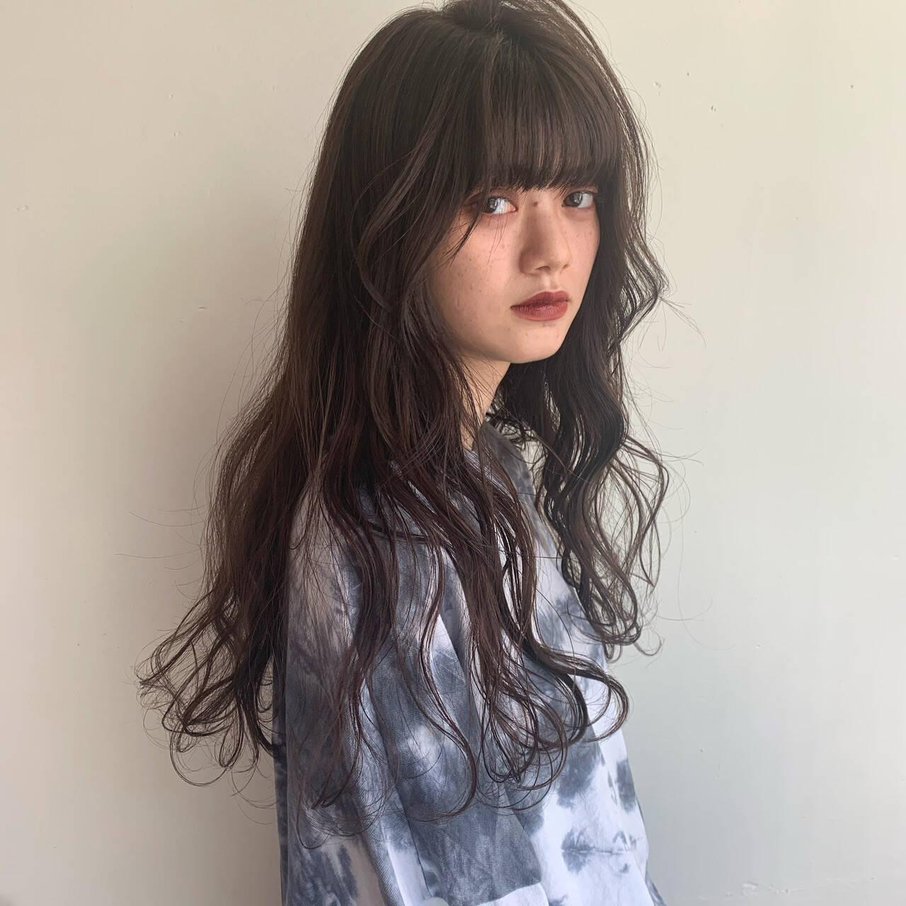 ロング ナチュラル 360度どこからみても綺麗なロングヘア 波巻きヘアスタイルや髪型の写真・画像