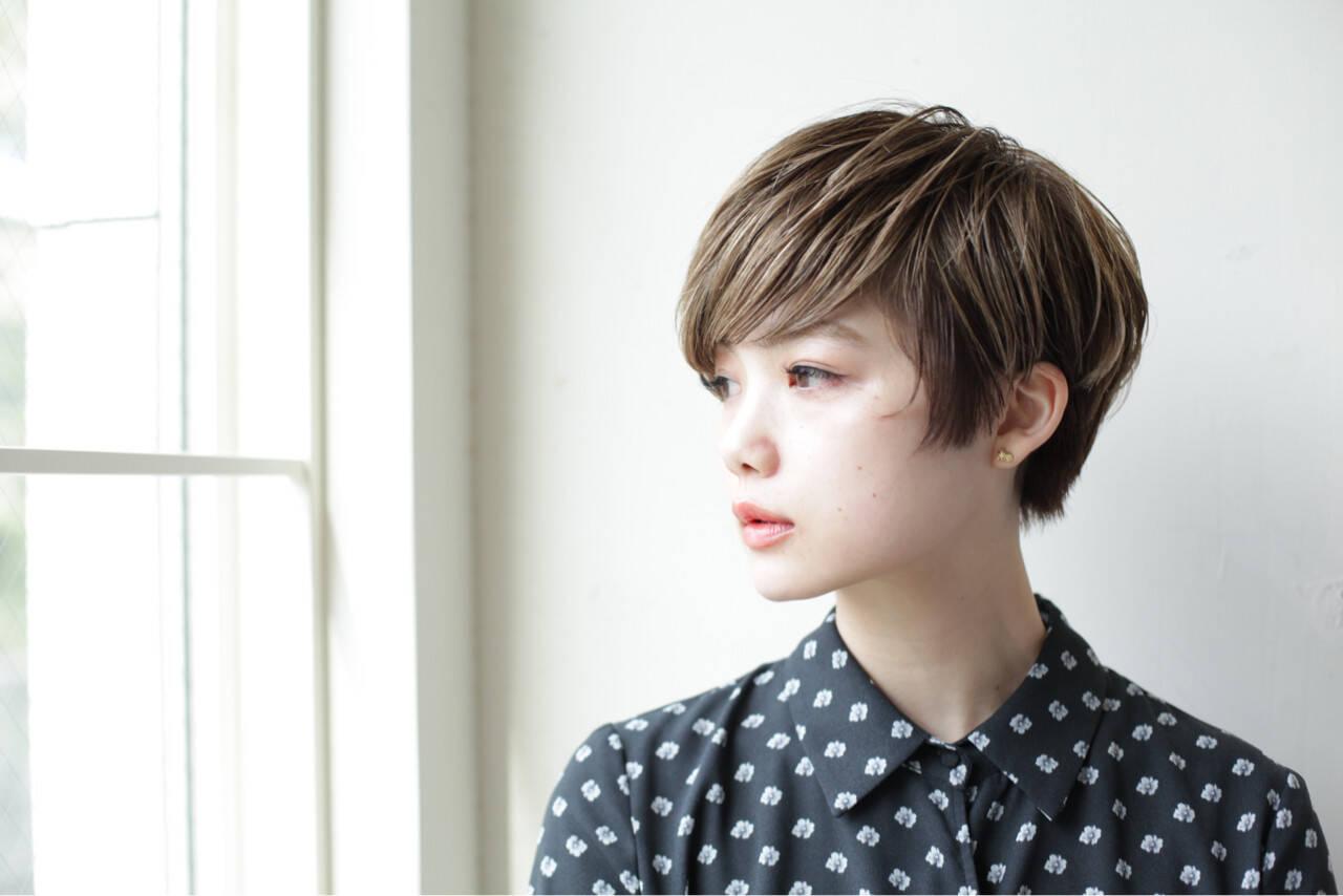ショート ショートボブ 似合わせ 小顔ヘアスタイルや髪型の写真・画像