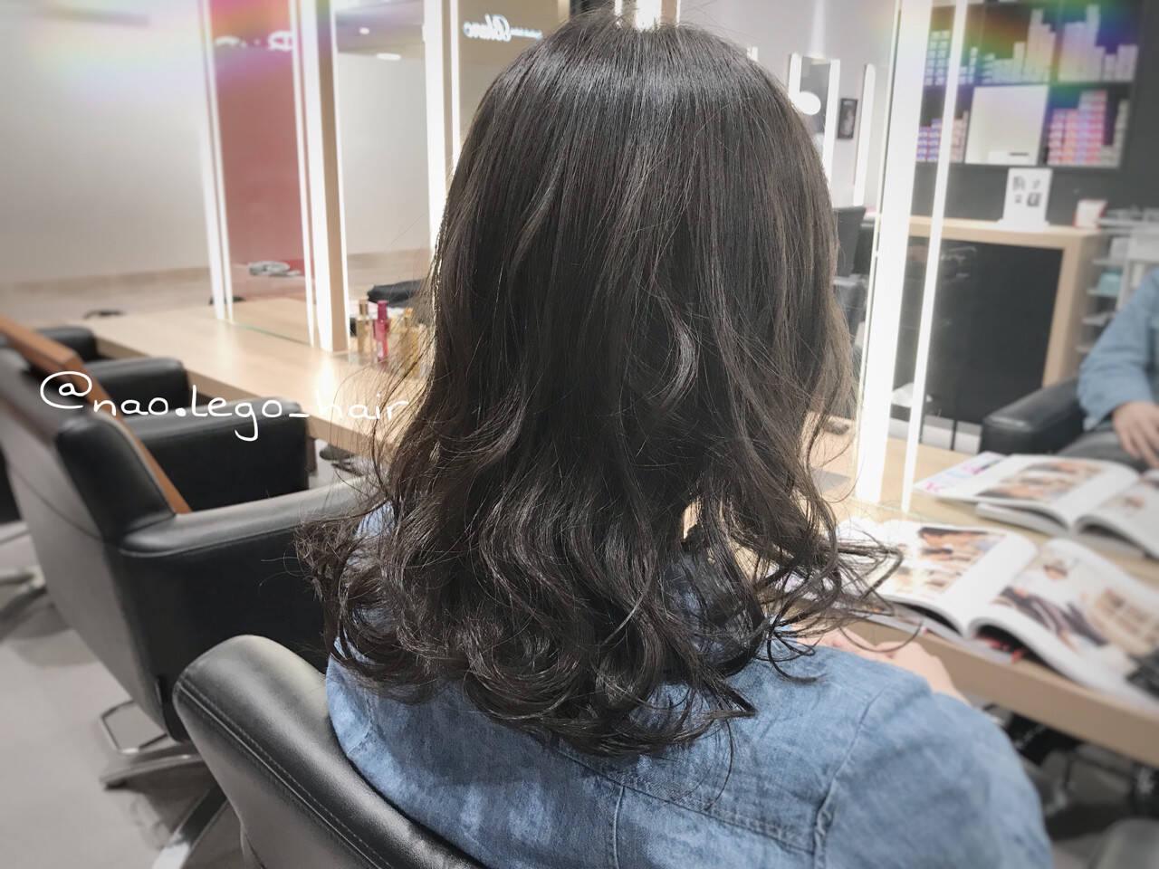 オフィス ナチュラル ヘアアレンジ ミディアムヘアスタイルや髪型の写真・画像