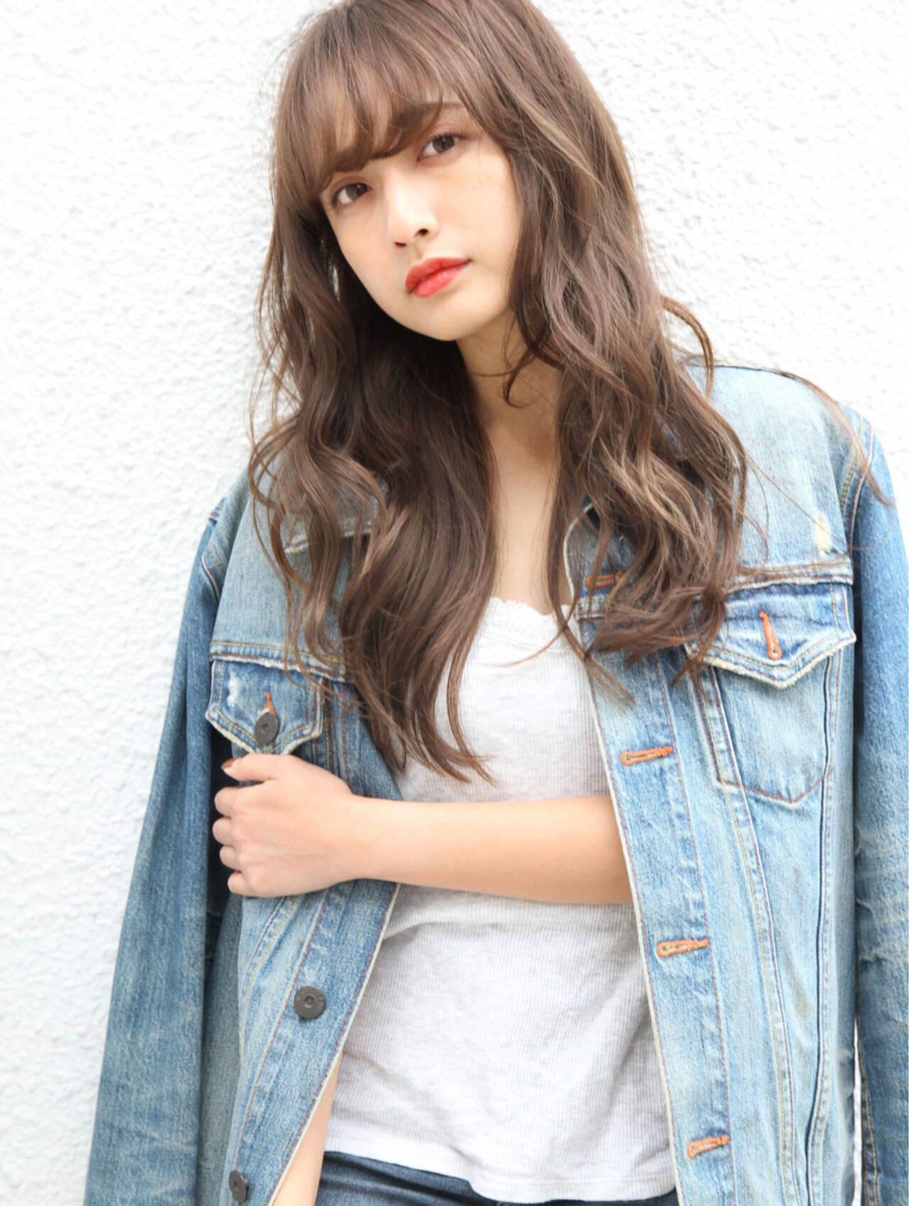 イルミナカラー 簡単ヘアアレンジ ナチュラル ロングヘアスタイルや髪型の写真・画像