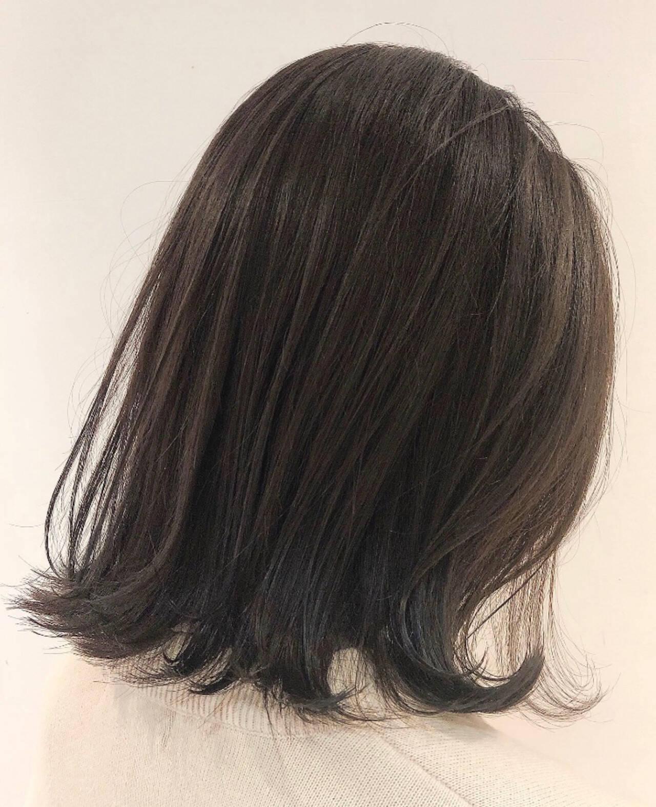 ナチュラル ミディアム 切りっぱなしボブヘアスタイルや髪型の写真・画像