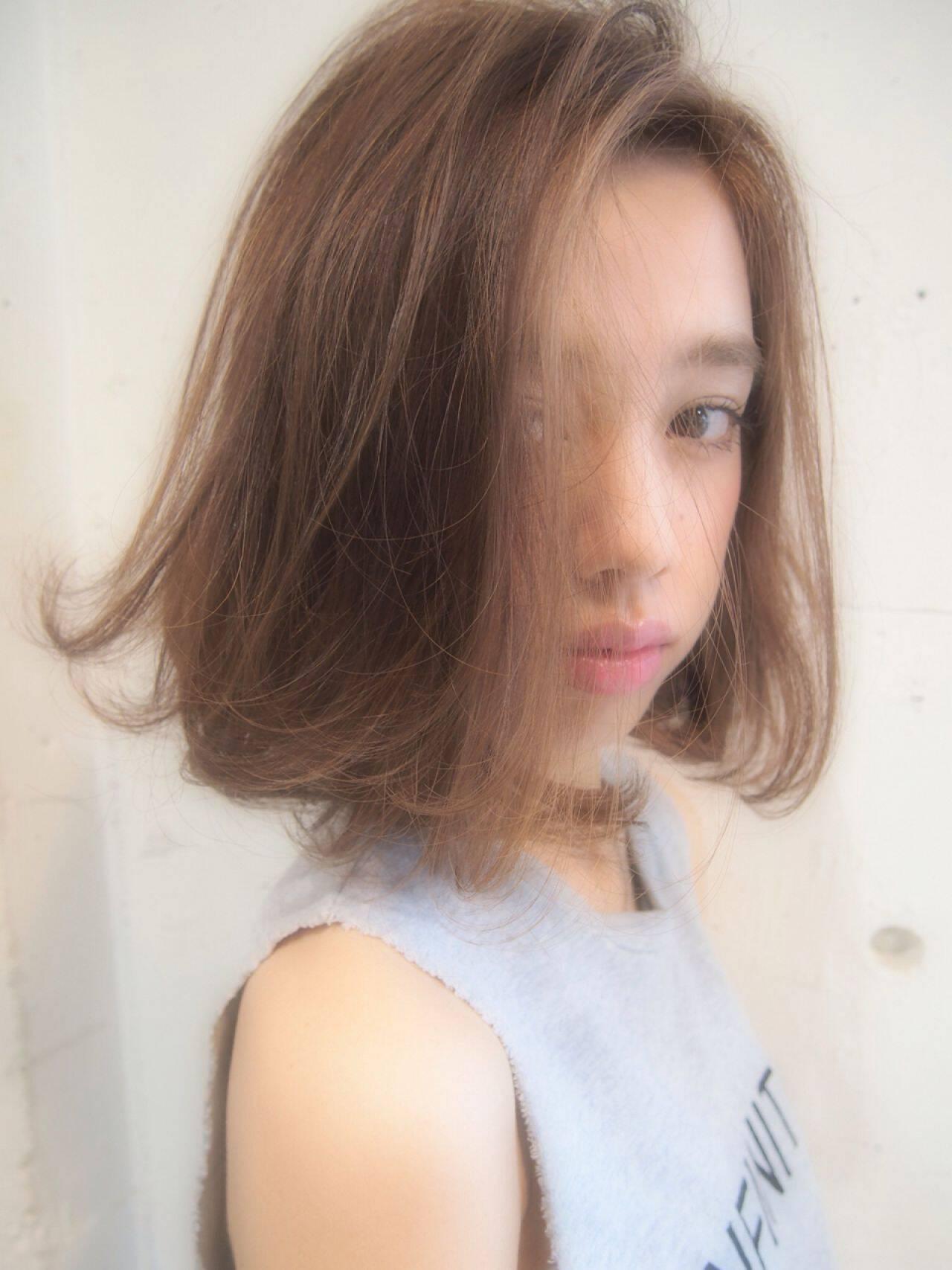 グラデーションカラー ストレート 秋 ストリートヘアスタイルや髪型の写真・画像