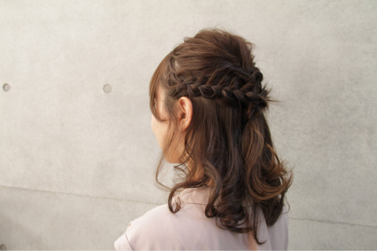 ヘアアレンジ 編み込み 大人女子 フェミニンヘアスタイルや髪型の写真・画像