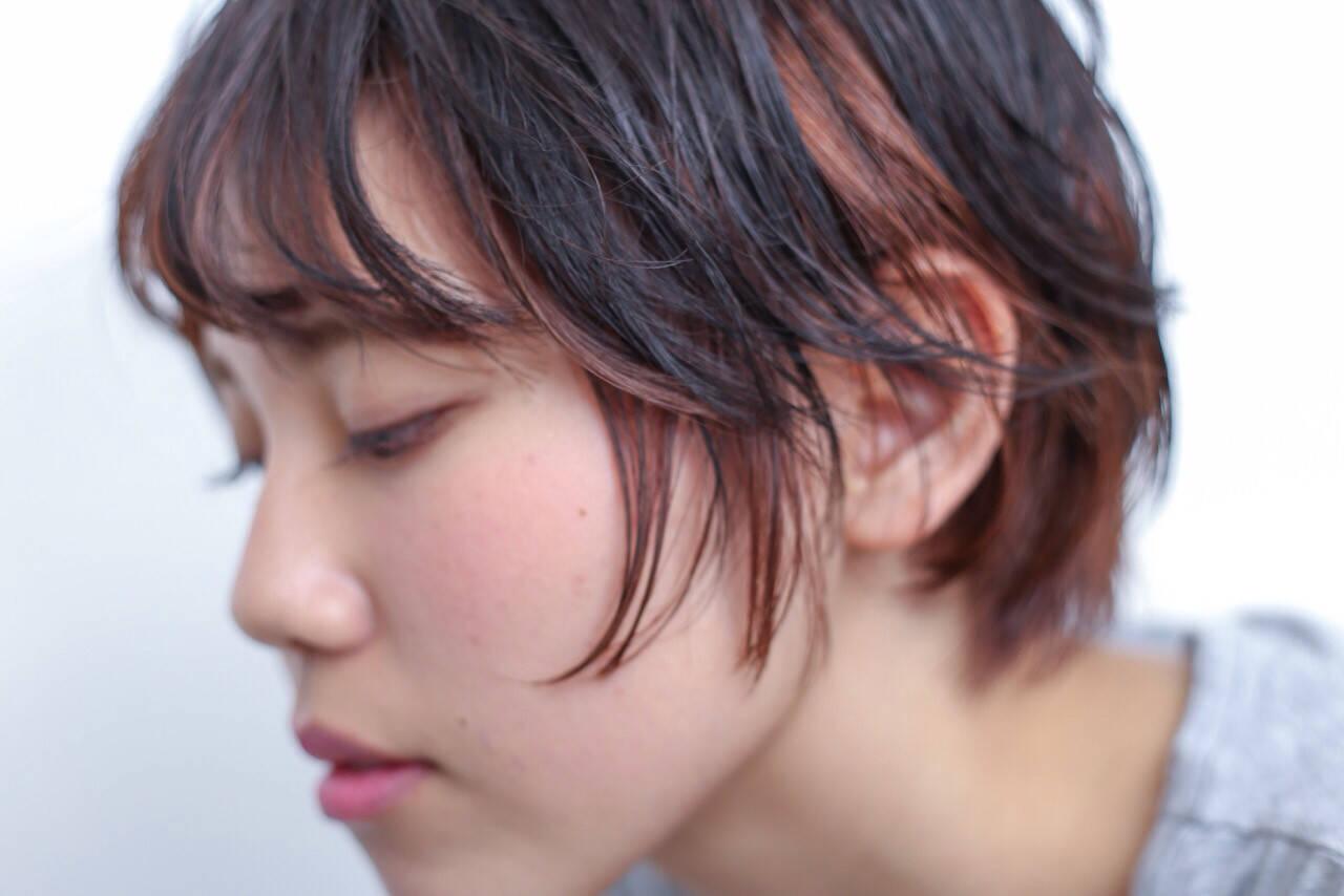 ナチュラル ショート ピンク インナーカラーヘアスタイルや髪型の写真・画像