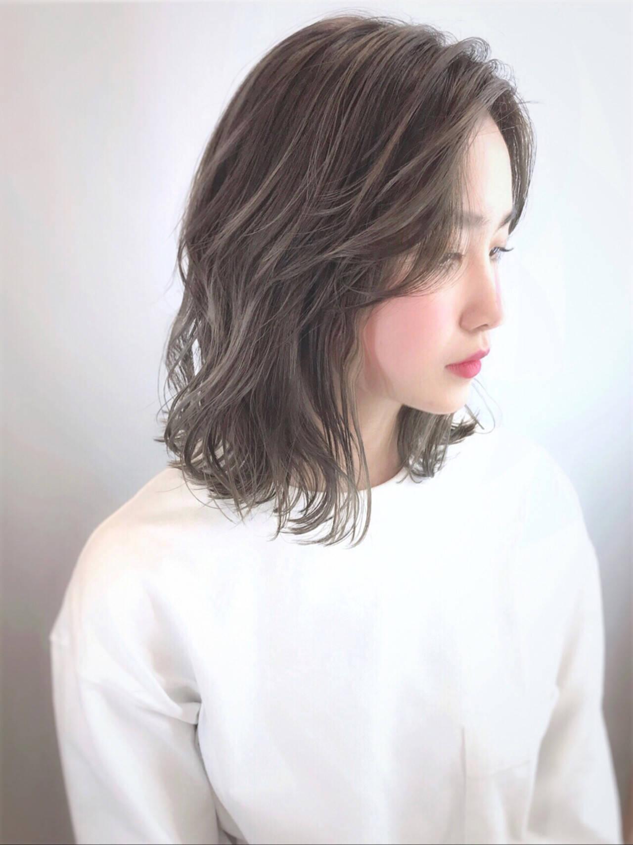 ニュアンスヘア コンサバ 抜け感 ハイライトヘアスタイルや髪型の写真・画像