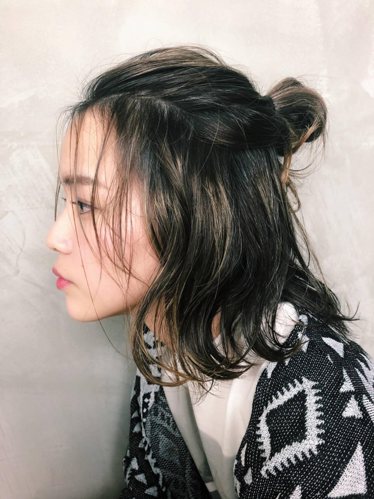 外国人風 ショート 簡単ヘアアレンジ 色気ヘアスタイルや髪型の写真・画像