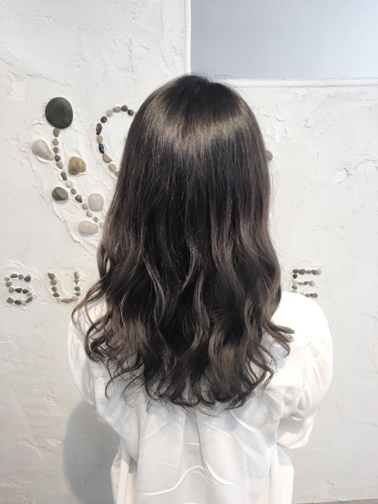アンニュイ 外国人風 暗髪 グラデーションカラーヘアスタイルや髪型の写真・画像