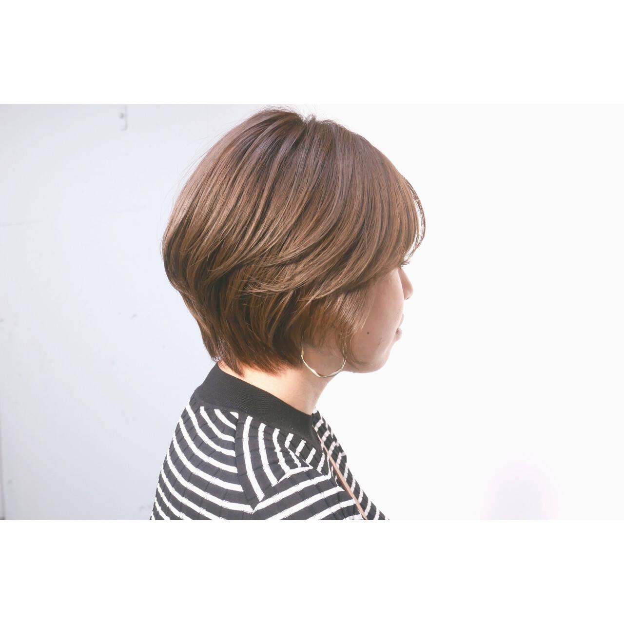 フェミニン ショート ショートボブ ショートヘアヘアスタイルや髪型の写真・画像