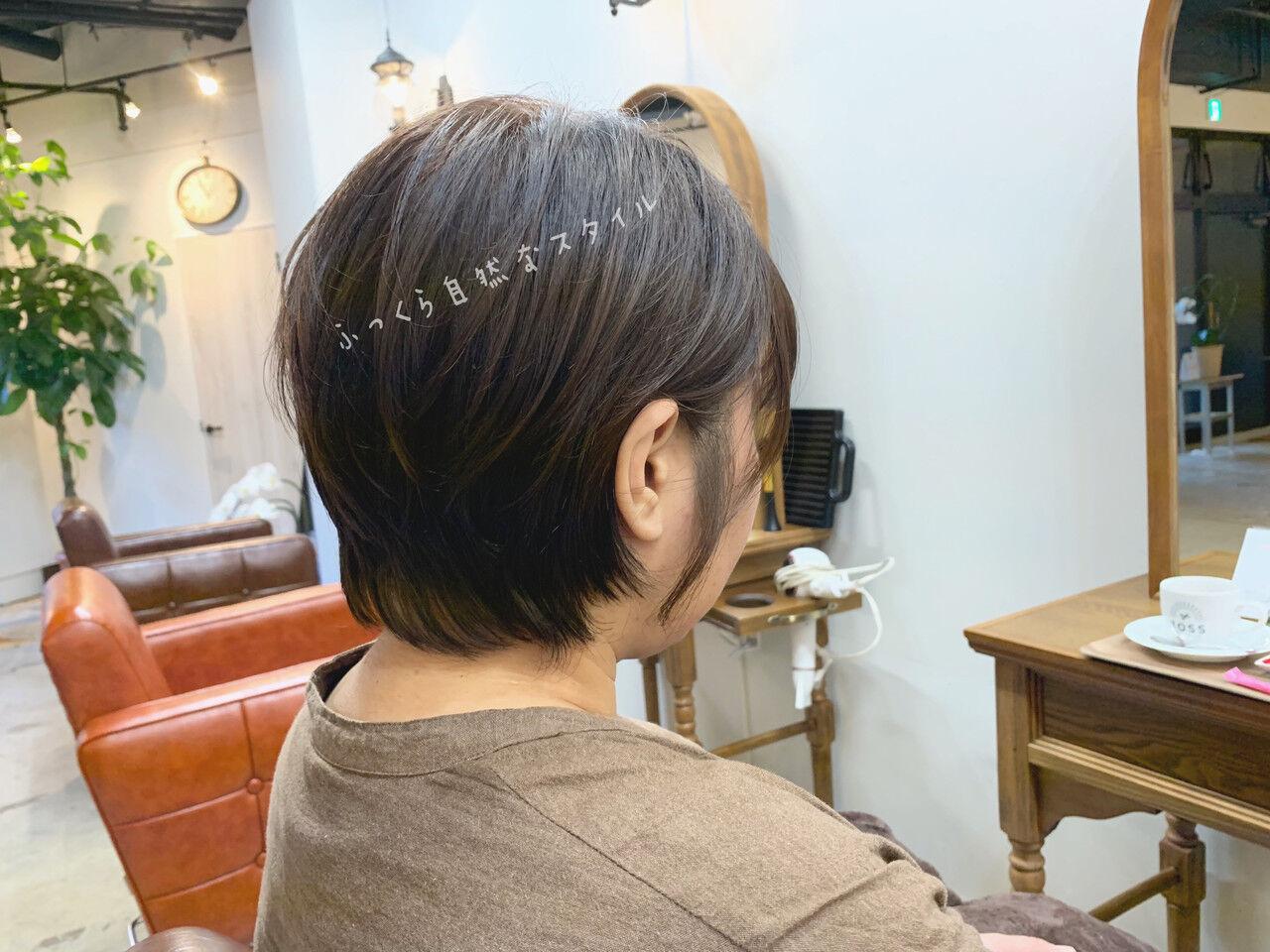 ショート パーマ オフィス デートヘアスタイルや髪型の写真・画像