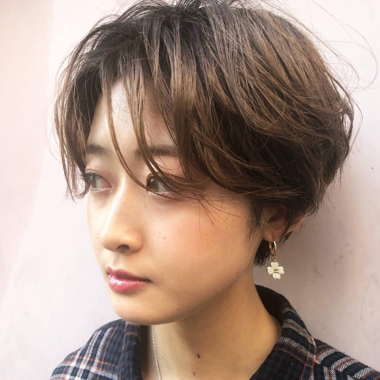 小顔ショート 大人かわいい ナチュラル ショートヘアスタイルや髪型の写真・画像
