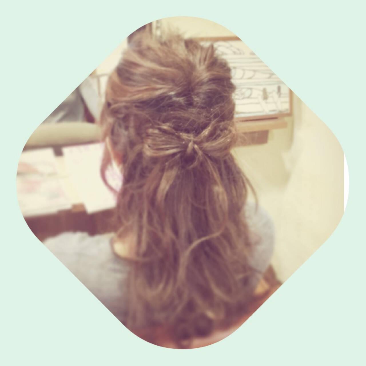 大人かわいい セミロング ヘアアレンジ 外国人風ヘアスタイルや髪型の写真・画像