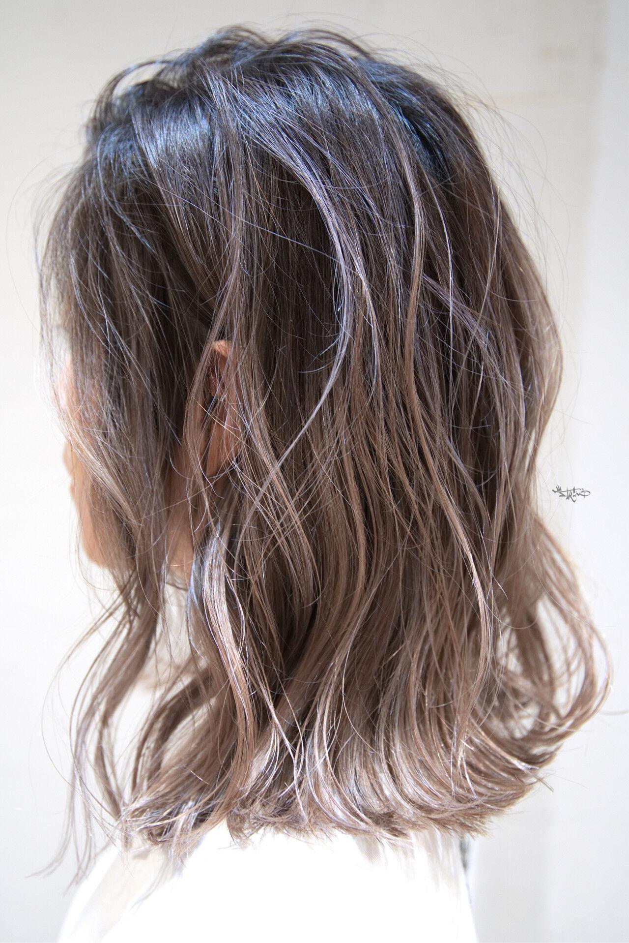 ボブ 外国人風カラー バレイヤージュ ハイライトヘアスタイルや髪型の写真・画像