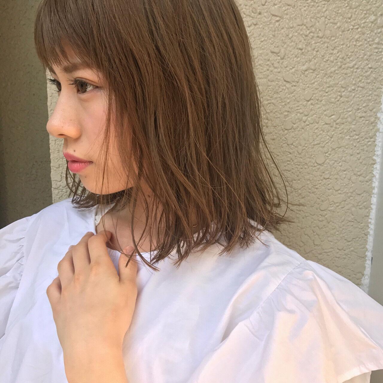 ミディアム 秋 アンニュイ 大人かわいいヘアスタイルや髪型の写真・画像