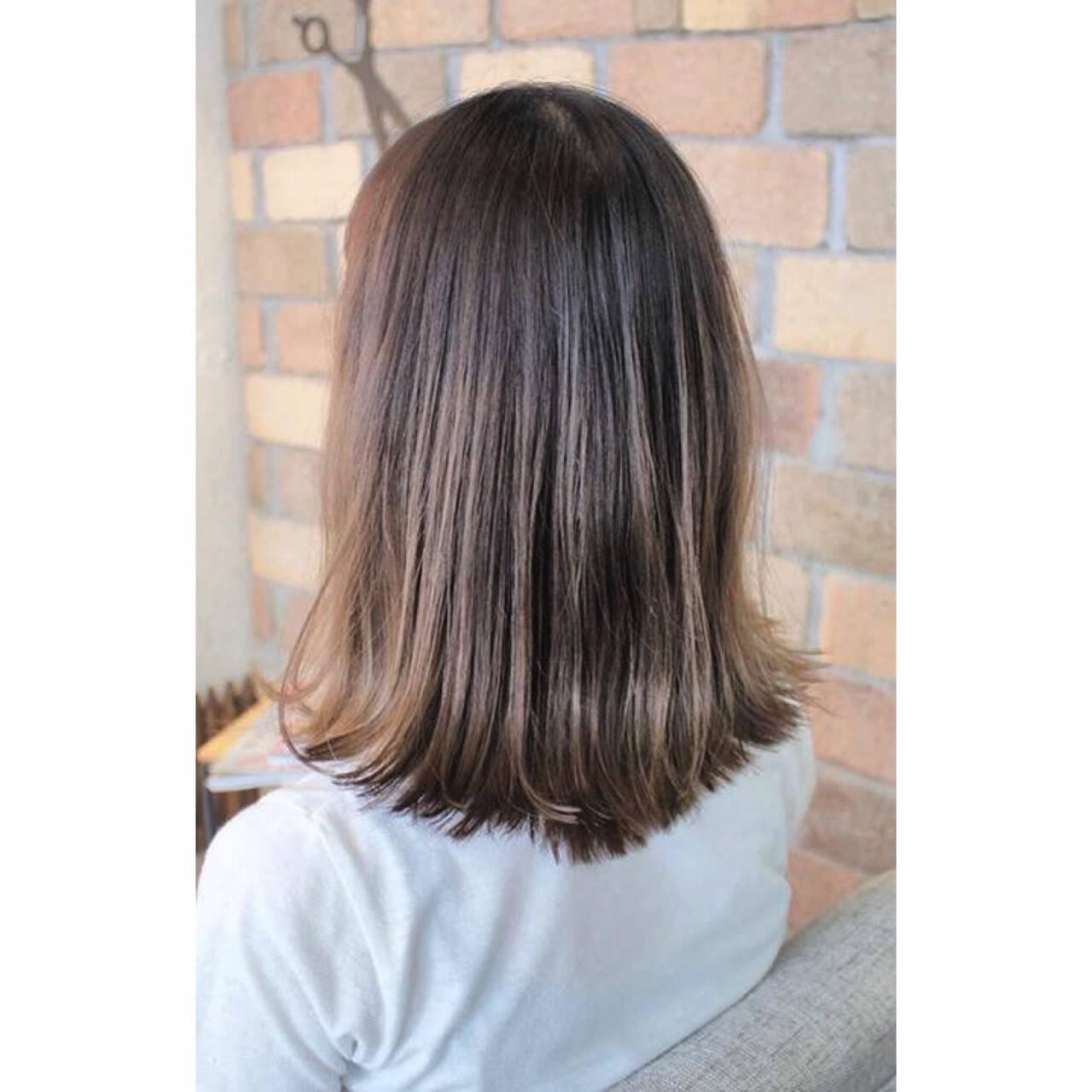 インナーカラー 女子会 アンニュイ ヘアアレンジヘアスタイルや髪型の写真・画像