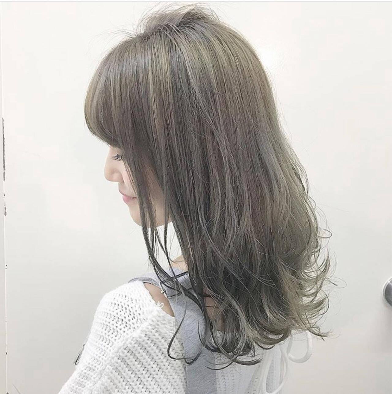 ハイライト 冬 フェミニン ミディアムヘアスタイルや髪型の写真・画像