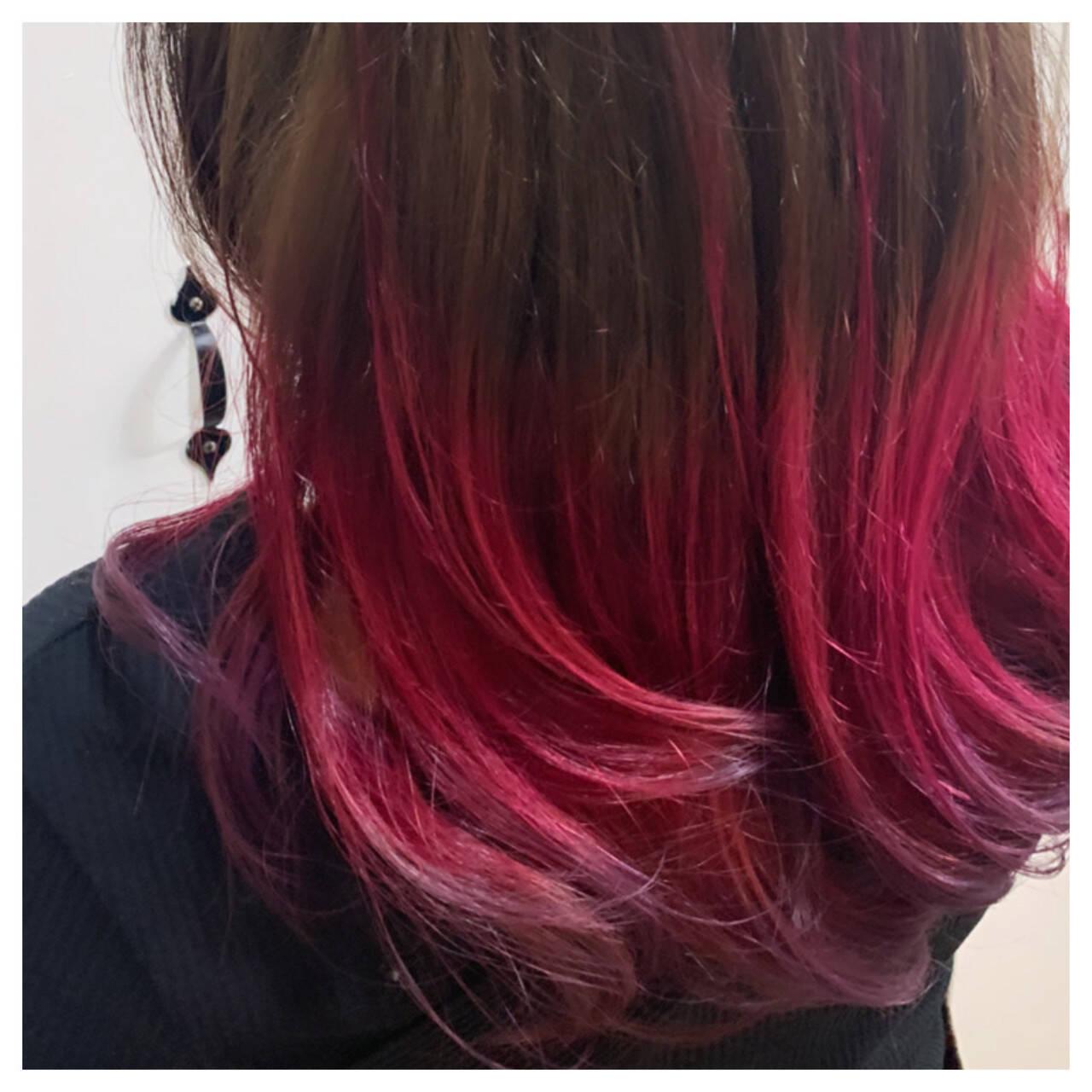 インナーカラー グラデーションカラー ストリート ブリーチオンカラーヘアスタイルや髪型の写真・画像
