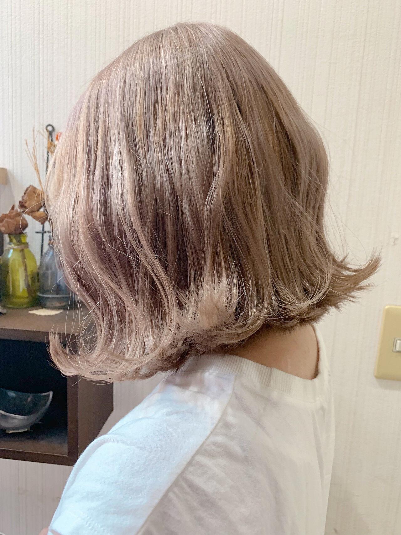 ボブ 簡単ヘアアレンジ ミルクティーグレージュ ミルクティーベージュヘアスタイルや髪型の写真・画像
