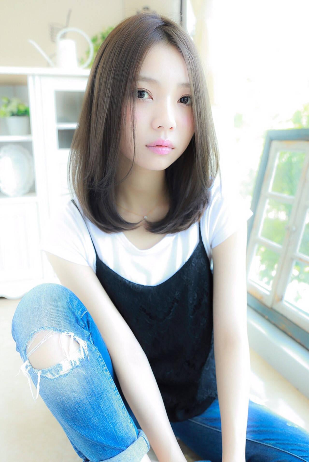 ミディアム ピュア 外国人風 ガーリーヘアスタイルや髪型の写真・画像