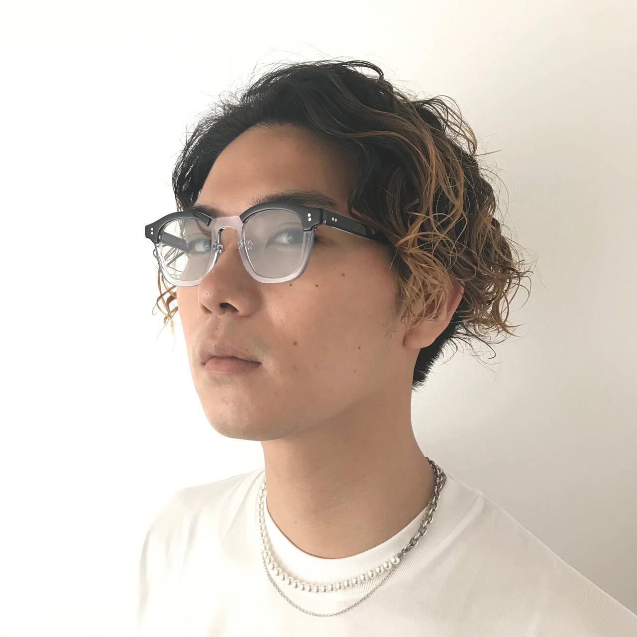 メンズカラー ストリート メンズパーマ ミディアムヘアスタイルや髪型の写真・画像