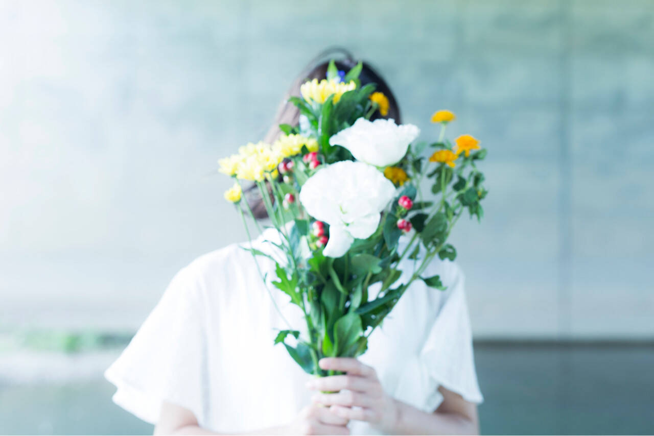 結婚式 花嫁 花 ボブヘアスタイルや髪型の写真・画像