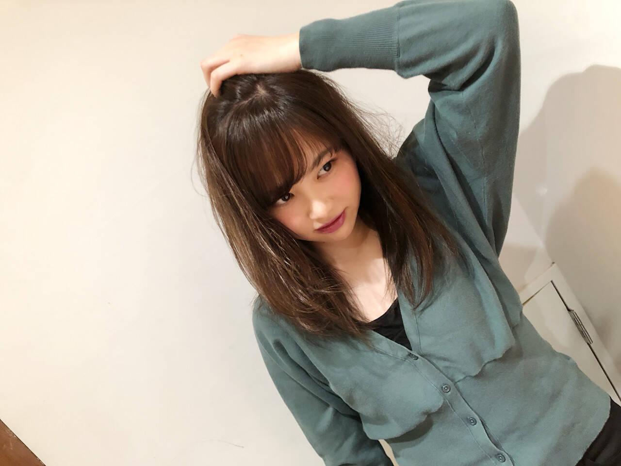 大人かわいい ベージュ ロング 外国人風カラーヘアスタイルや髪型の写真・画像