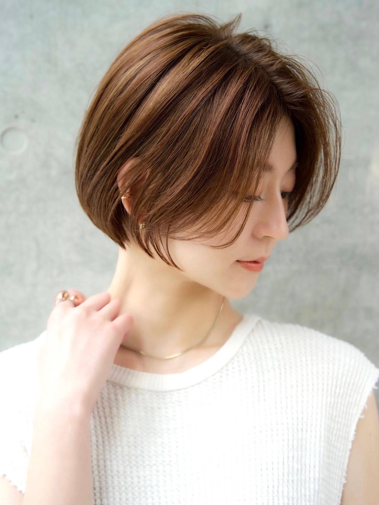 こなれ感 ショートヘア 前髪なし エレガントヘアスタイルや髪型の写真・画像