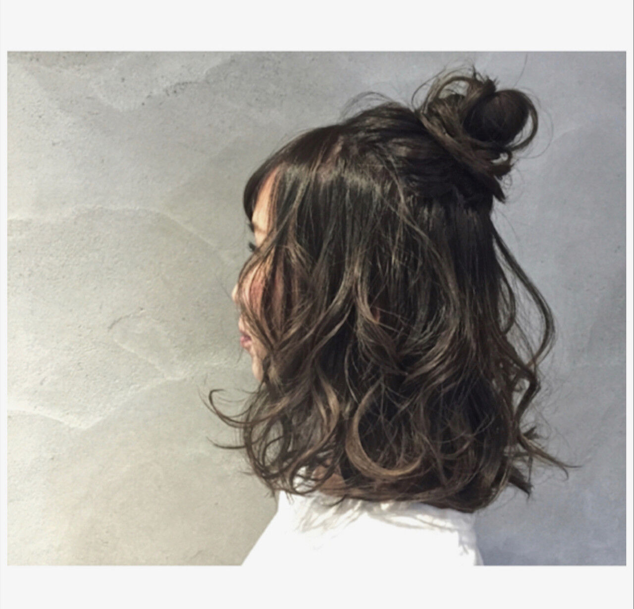 ゆるふわ お団子 フェミニン 簡単ヘアアレンジヘアスタイルや髪型の写真・画像