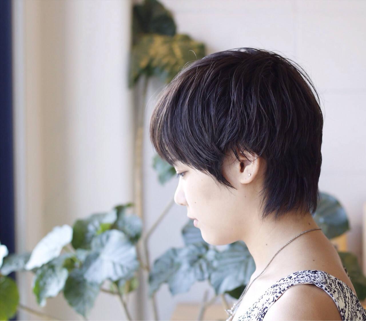 暗髪 小顔 黒髪 透明感ヘアスタイルや髪型の写真・画像
