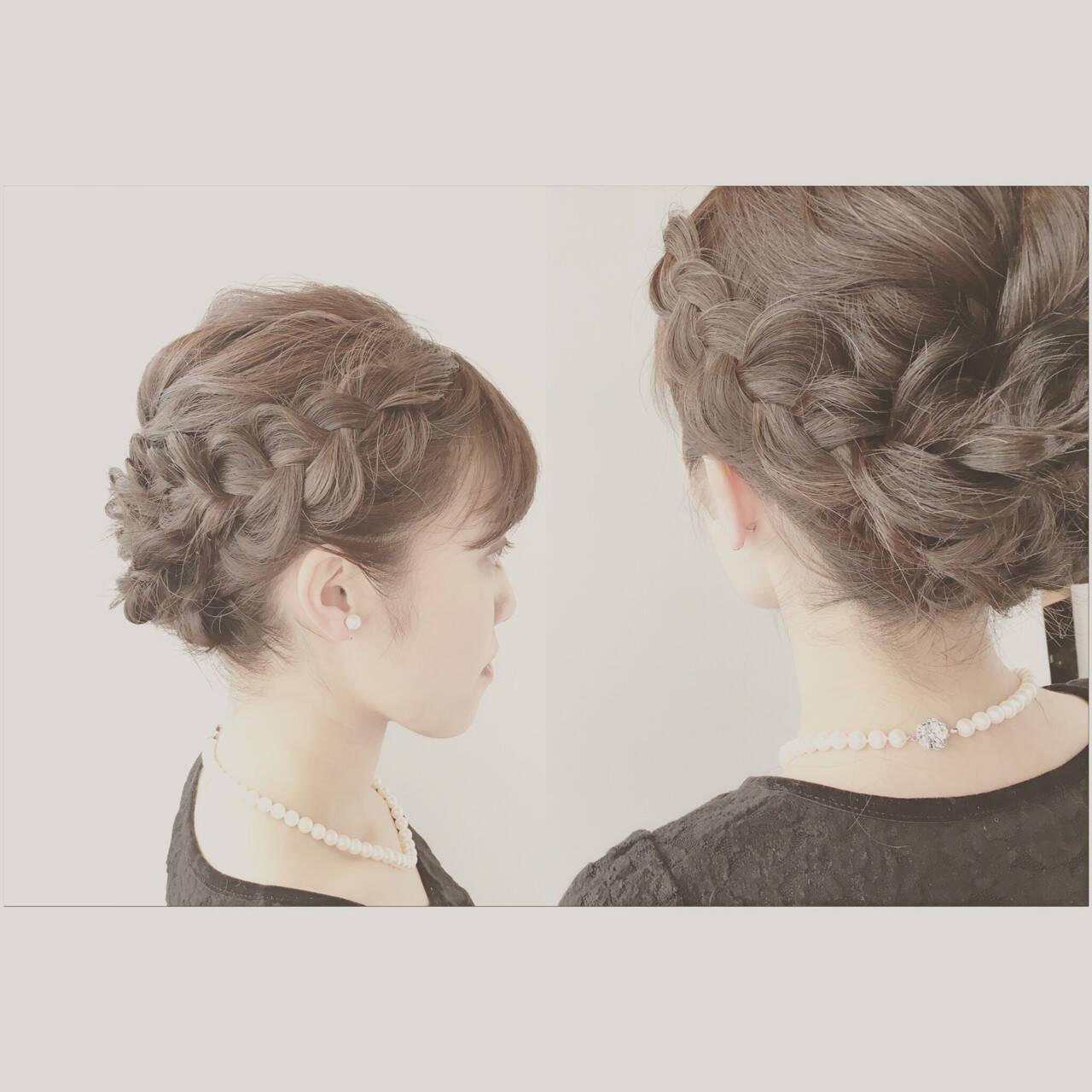 編み込み フェミニン セミロング ヘアアレンジヘアスタイルや髪型の写真・画像