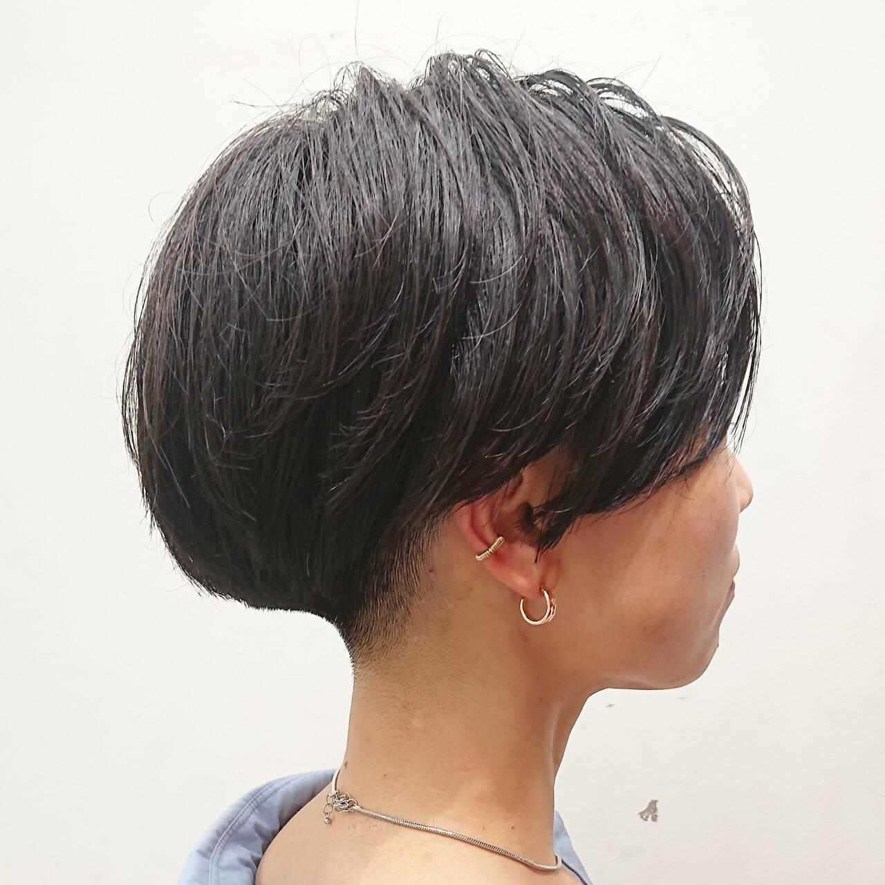 刈り上げ マッシュショート ハンサムショート 刈り上げ女子ヘアスタイルや髪型の写真・画像