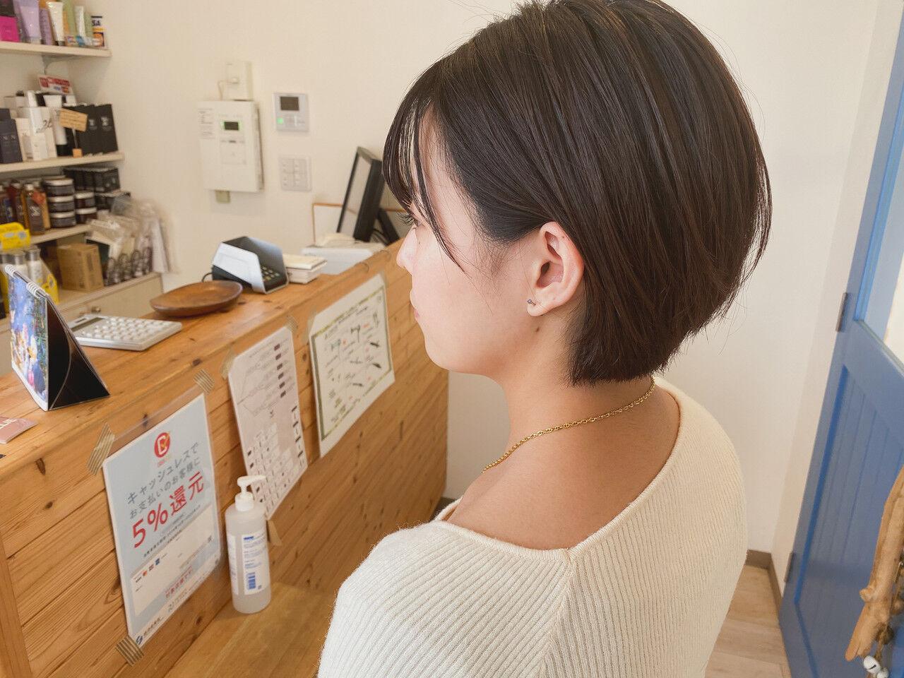 ショートボブ ショートヘア ショート 切りっぱなしボブヘアスタイルや髪型の写真・画像