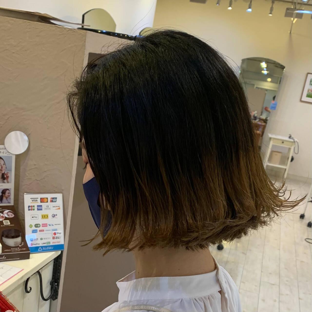 ナチュラル 切りっぱなしボブ 裾カラー ボブヘアスタイルや髪型の写真・画像