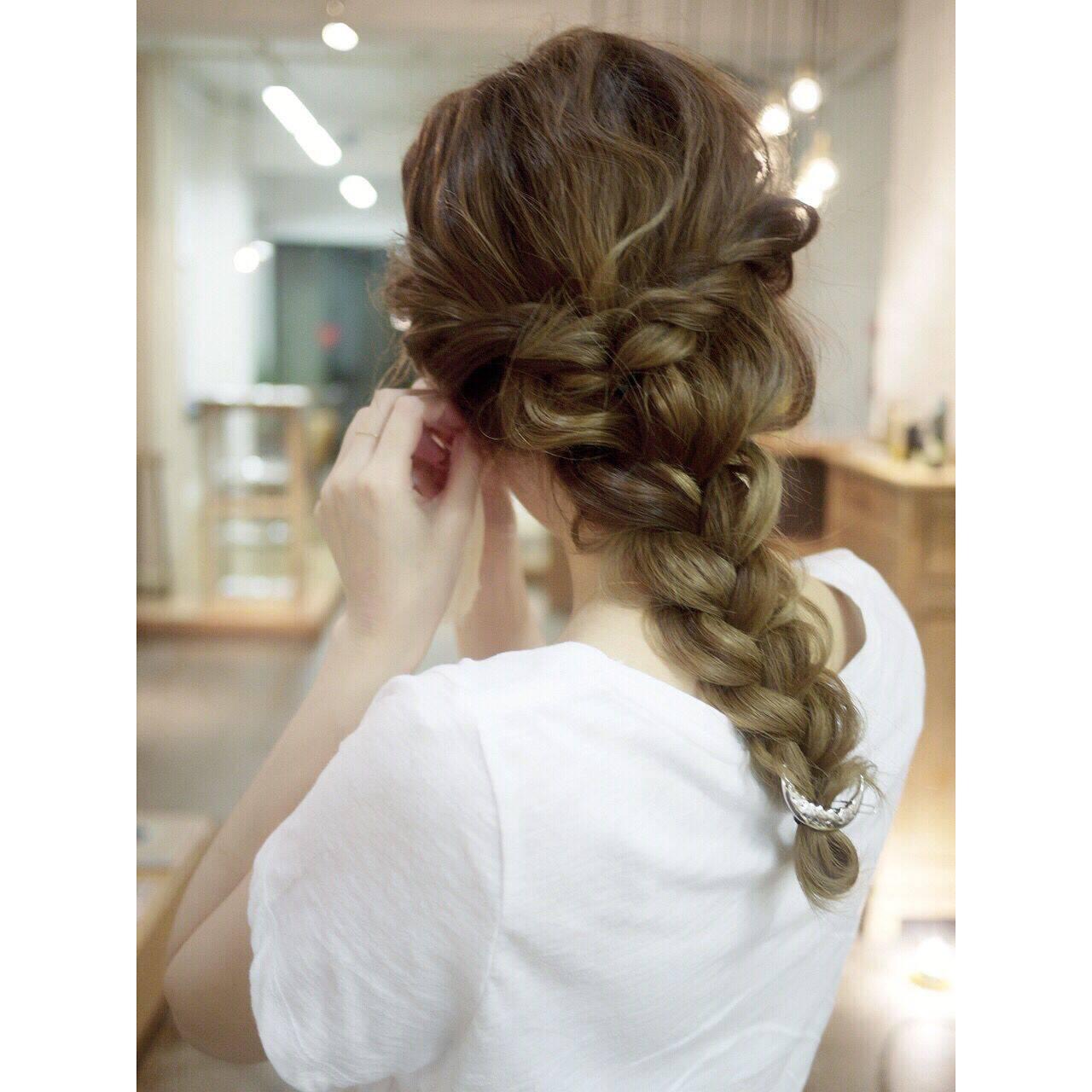 グラデーションカラー ロング ヘアアレンジ ゆるふわヘアスタイルや髪型の写真・画像
