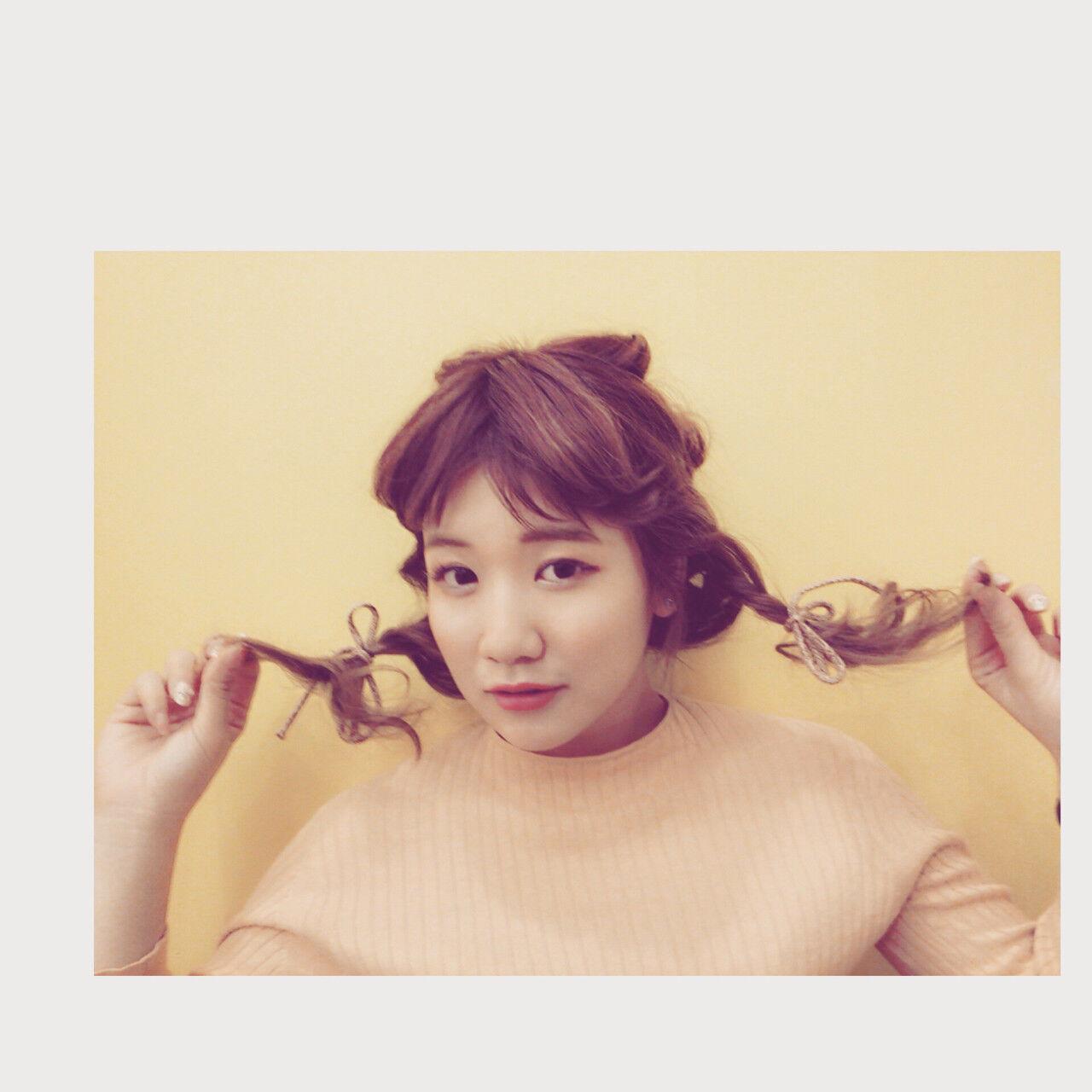 フェミニン セミロング ショート 簡単ヘアアレンジヘアスタイルや髪型の写真・画像