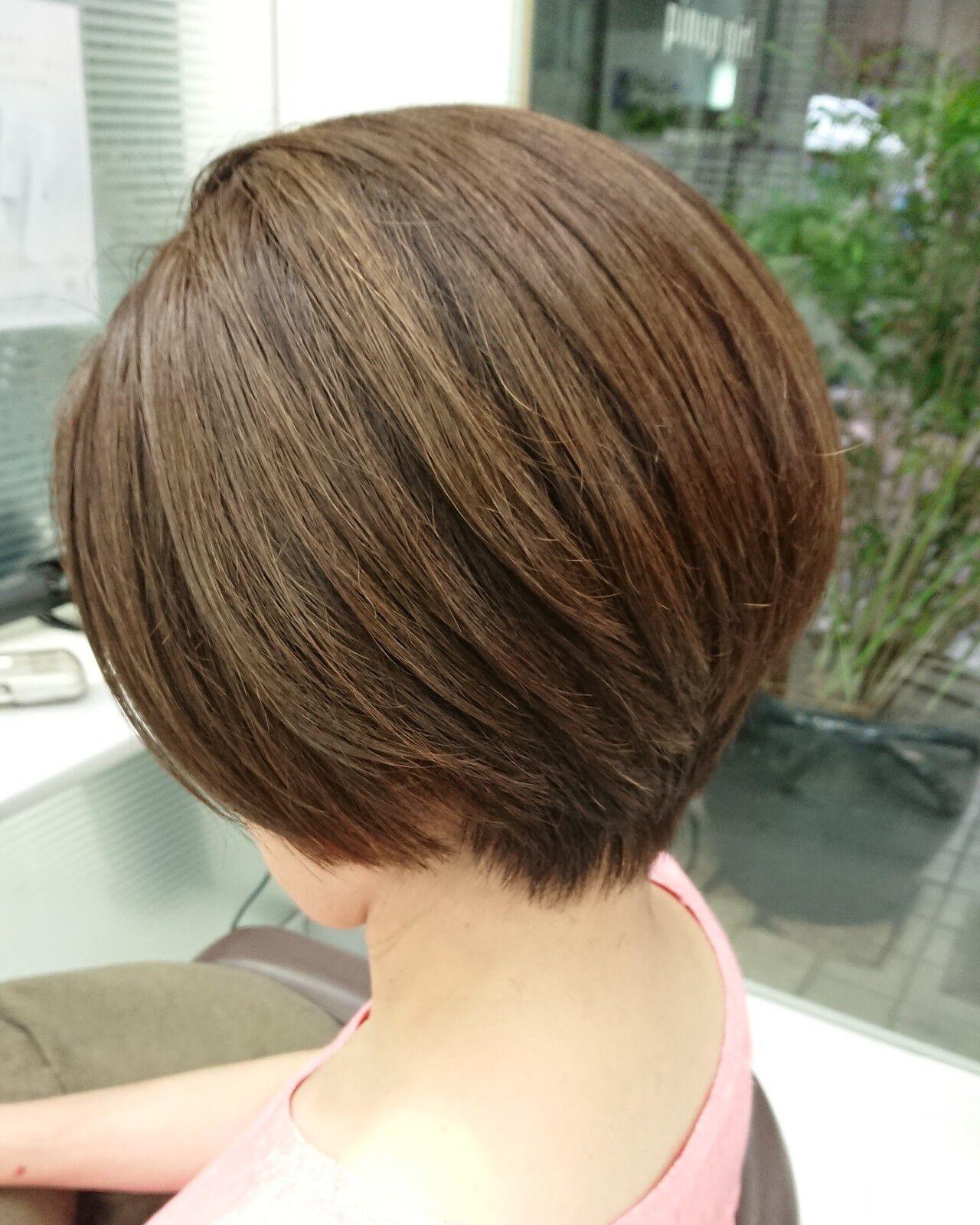 ショートボブ ナチュラルベージュ ナチュラル ショートヘアスタイルや髪型の写真・画像