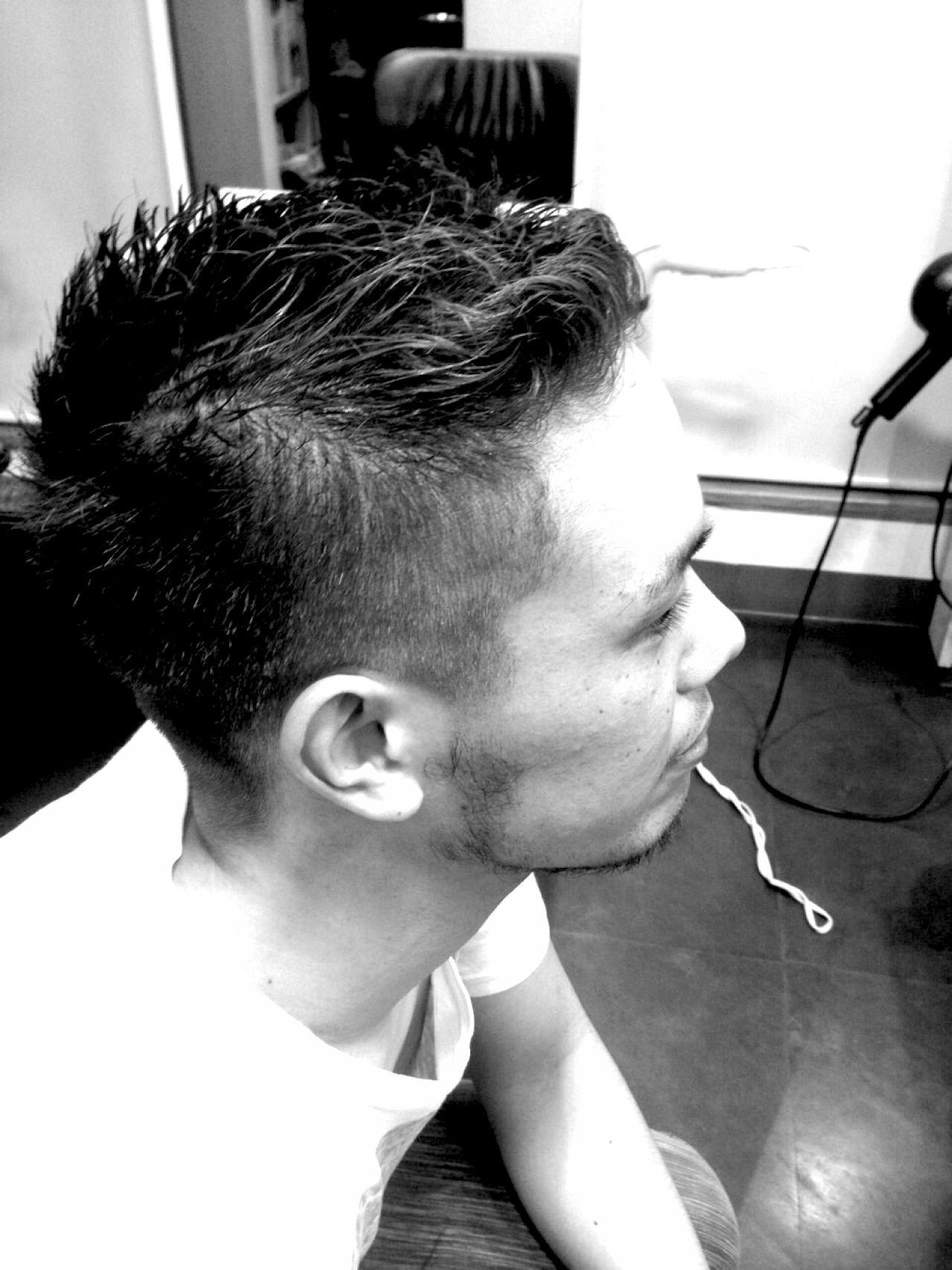 ストリートヘアスタイルや髪型の写真・画像