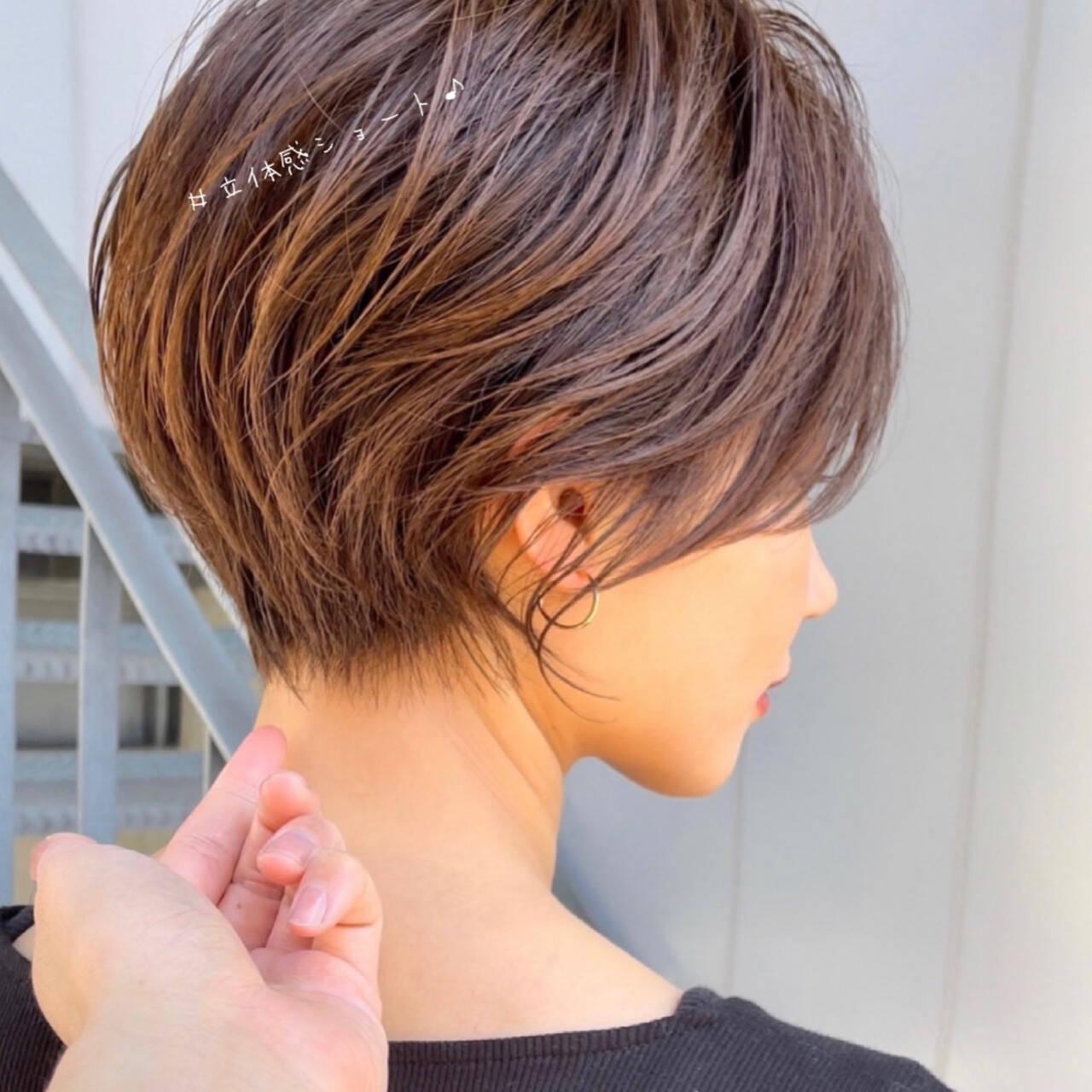 ミニボブ ショートボブ ショートヘア ハンサムショートヘアスタイルや髪型の写真・画像