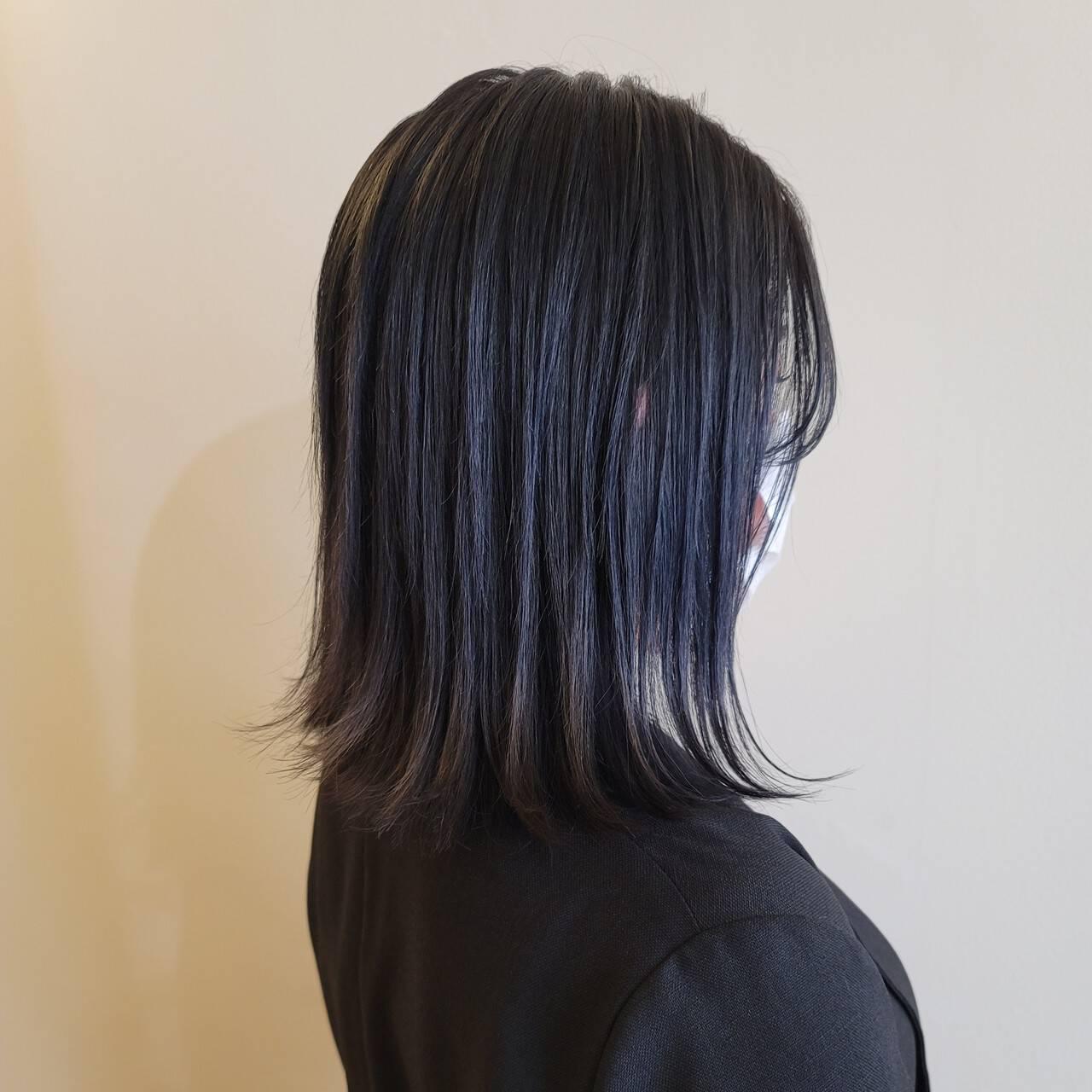 モード 切りっぱなし ブルーグラデーション ブルージュヘアスタイルや髪型の写真・画像